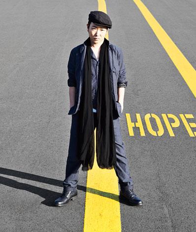 『SEAMO LIVE TOUR 2011 SEAMO THE MOVIE 〜目指せ! バカデミー主演男優賞!〜』を開催するSEAMO