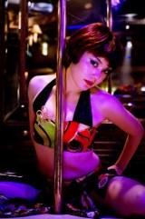映画『軽蔑』で、魅惑のポールダンサー役に挑む鈴木杏 (C)2011「軽蔑」製作委員会
