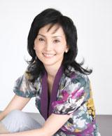 春の母親・星野陽子役の南果歩