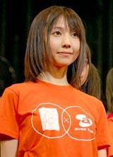 SKE48のライブ公演に参加した秦佐和子