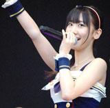 横浜スタジアムで行われたシングル「Everyday、カチューシャ」の発売記念握手会イベントで、デビュー6年目で初のドーム公演決定を発表したAKB48・柏木由紀 (C)ORICON DD inc.
