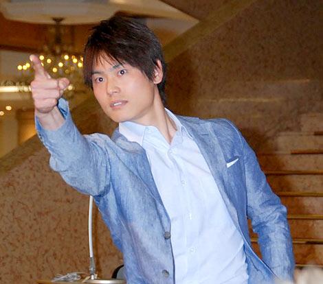 『スーパークールビズ』ファッションショーに登場した日本テレビ・上重聡アナウンサー (C)ORICON DD inc.