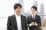 寺脇康文(左)と石黒英雄による世代を超えた新たなコンビが誕生 (C)フジテレビ