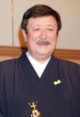 『第30回イエローリボン賞(ベストファーザー)』を受賞したタカラトミーの富山幹太郎代表取締役社長
