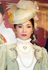 ミュージカル『MITSUKO〜愛は国境を越えて〜』公演前の舞台けいこに出演した安蘭けい