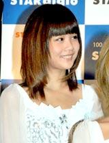 音楽放送スターデジオの公開録音イベントを行ったモーニング娘。の新垣里沙