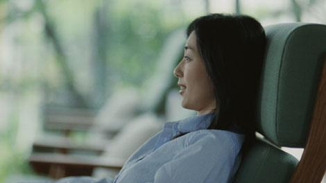 『LIXIL(リクシル)』の新CMに出演する木村多江