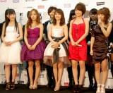 『MTV VIDEO MUSIC AID JAPAN』終了後に会見に応じるAKB48のメンバーたち(C)ORICON DD inc.
