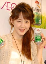 イオンブランド・トップバリュの新商品発表会にゲストとして出席した相田翔子