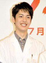 ドラマ『ブルドクター』(日本テレビ系)の制作発表会見に出席した大野拓朗