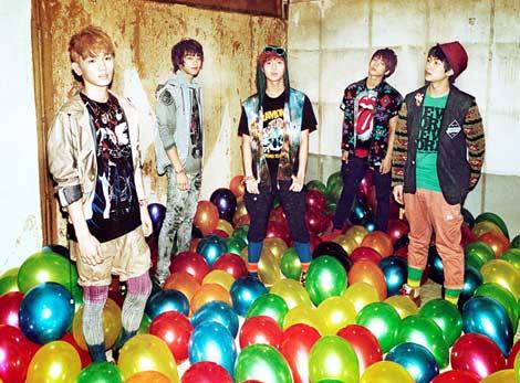 SHINee(左から:キー、ミンホ、テミン、ジョンヒョン、オンユ)