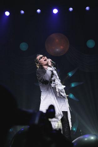 全国ツアーの最終公演を行った石井竜也