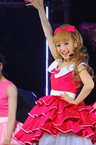 d3471c9878b 画像・写真 | 神田沙也加、母・聖子演出の初ソロライブで熱唱「松田先輩 ...