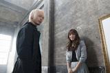 左から水嶋ヒロ、GIRL NEXT DOORの千紗(Vo)