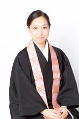 7月6日にCDデビューした美しすぎる住職・三浦明利