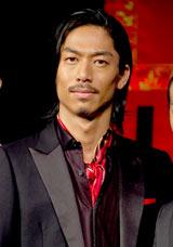 劇団EXILEの第5回舞台公演『レッドクリフ−愛』『レッドクリフ−戦−』の製作発表会見に出席したEXILE・AKIRA