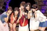 本戦出場が決定した5人(左から)與儀ケイラ、山口夕輝、島田玲奈、肥川彩愛、藤田留奈