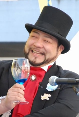 サムネイル 31歳の一般女性との結婚を発表した髭男爵の山田ルイ53世 (C)ORICON DD inc.