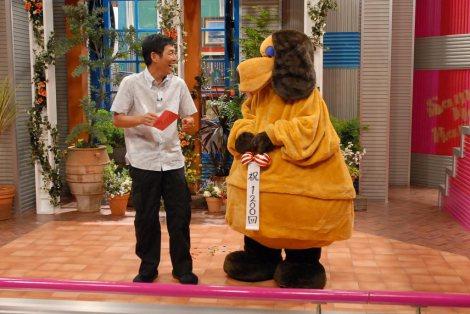 『さんまのまんま』放送1200回での明石家さんまとまんまちゃんのやりとり (C)関西テレビ