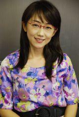 赤いフレームのメガネがトレードマークのキャスター・唐橋ユミ (C)ORICON DD.inc
