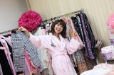 『PJ』CM撮影ではしゃぐAKB48・大島優子