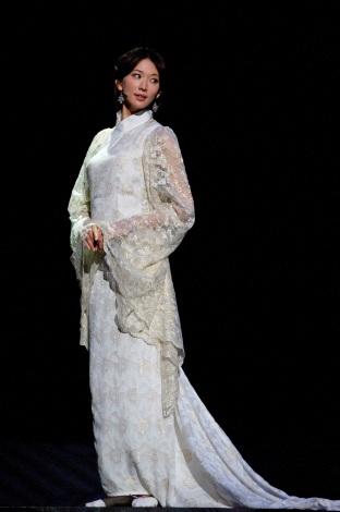 舞台『レッドクリフ -愛-』 周瑜の妻・小喬役のリン・チーリン