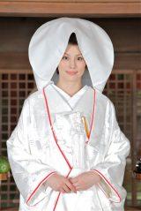 ドラマ『ナサケの女』(テレビ朝日系)スペシャルで自身初の白無垢姿を披露する米倉涼子