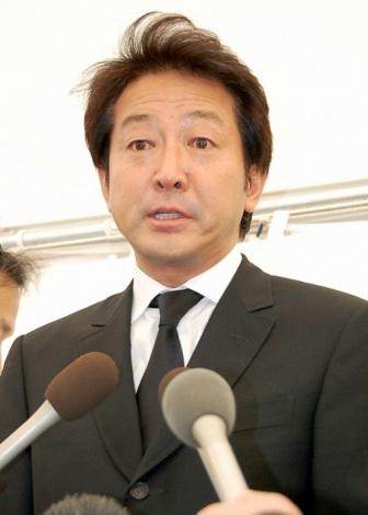 佐々木力さんの告別式に参列した辰巳琢郎 (C)ORICON DD inc.