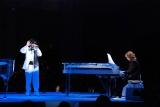 ディナーショー&コンサート『真夏の夜の夢』の模様(左から、ToshI、YOSHIKI) (C)ORICON DD inc.
