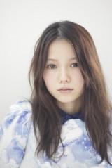 NHK大河ドラマ『篤姫』以来、3年ぶりにテレビドラマに出演する宮崎あおい