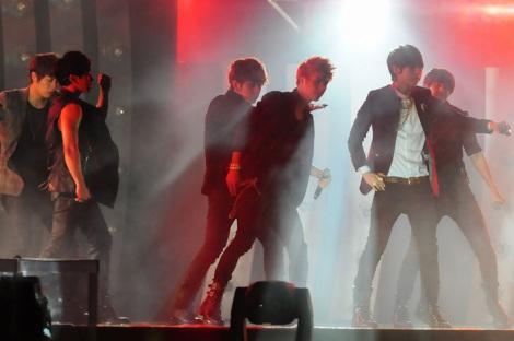 復興支援イベント『K-POP All star Live in Niigata』に出演したBEAST (C)ORICON DD inc.