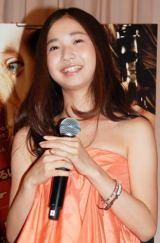 映画『ハンナ』の試写会トークショーに出席した、トシちゃんの長女・綾乃美花