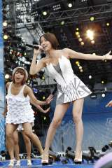 『a-nation 10th Anniversary for Life Charge & Go! ウイダーinゼリー』東京公演初日(8/27)に出演した鈴木亜美