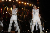 『a-nation 10th Anniversary for Life Charge & Go! ウイダーinゼリー』東京公演初日(8/27)に出演した東方神起