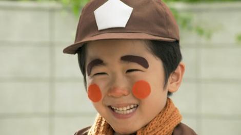 サムネイル 『明星 チャルメラ』の新CMに出演する鈴木福