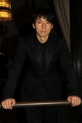 西島秀俊は「ベネチアという場で満席のお客さんに受け入れてもらえて、感無量」と目頭を熱くした