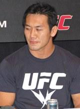 総合格闘技大会『UFC』記者会見に出席した岡見勇信 (C)ORICON DD inc.