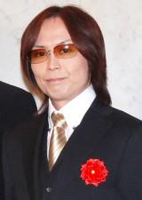 2009年11月、庄司智春&藤本美貴夫妻の結婚披露宴に出席した時のつんく♂ (C)ORICON DD inc.