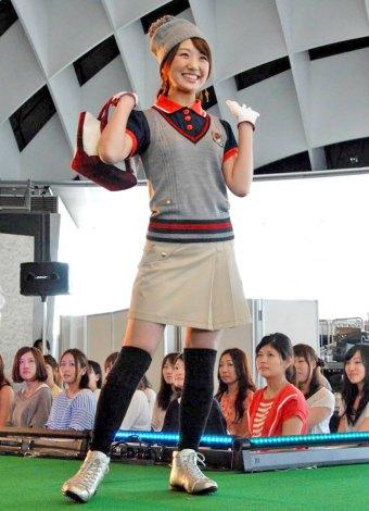 DVD『フジテレビ女性アナウンサー みんなでゴルフ2』の発売記念イベントに登場した松村未央アナウンサー