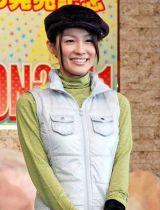 DVD『フジテレビ女性アナウンサー みんなでゴルフ2』の発売記念イベントに登場した斉藤舞子アナウンサー