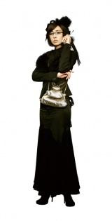 映画『スマグラー おまえの未来を運べ』で闇の世界をゴスロリファッションで生き抜く女・山岡を演じる松雪泰子 (C)真鍋昌平・講談社/2011「スマグラー おまえの未来を運べ」製作委員会