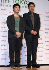 『第24回東京国際映画祭』の記者会見に出席した(左から)沖田修一監督、役所広司 (C)ORICON DD inc.
