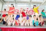 デビュー記念イベントを行った、7人組アイドルグループ・Fairies (C)ORICON DD inc.