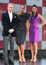 『FOX bs238 開局記者発表会』に出席した(左から)デーブ・スペクター、レオナ・ルイス、すみれ (C)ORICON DD inc.