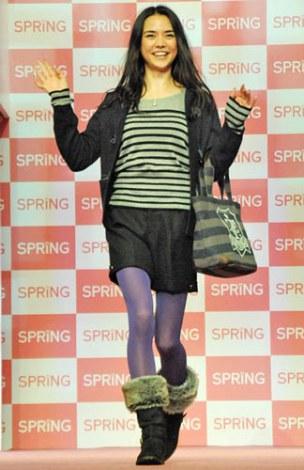 宝島社『SPRiNG』創刊15周年記念イベントのランウェイに登場した加賀美セイラ (C)ORICON DD inc.