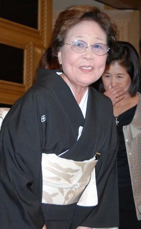 息子・林家三平と国分佐智子夫妻の結婚披露宴に出席した海老名香葉子さん (C)ORICON DD inc.