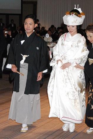 サムネイル 東京・帝国ホテルで行われた林家三平・国分佐智子夫妻結婚披露宴の様子 (C)ORICON DD inc.