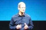 『iPhone4S』の説明をする米APPLEの新CEO、ティム・クック氏