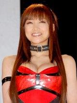 胸元が大胆に開いた衣装で出席した佐藤江梨子 (C)ORICON DD inc.