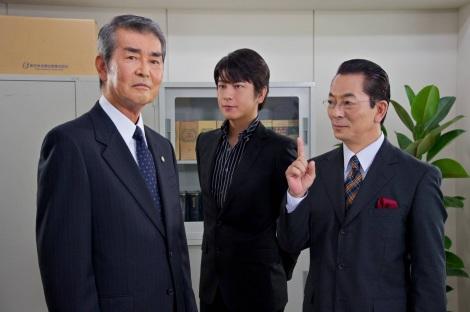 『相棒season10』の第2話で法務大臣を退いた弁護士を演じる渡哲也 (C)テレビ朝日